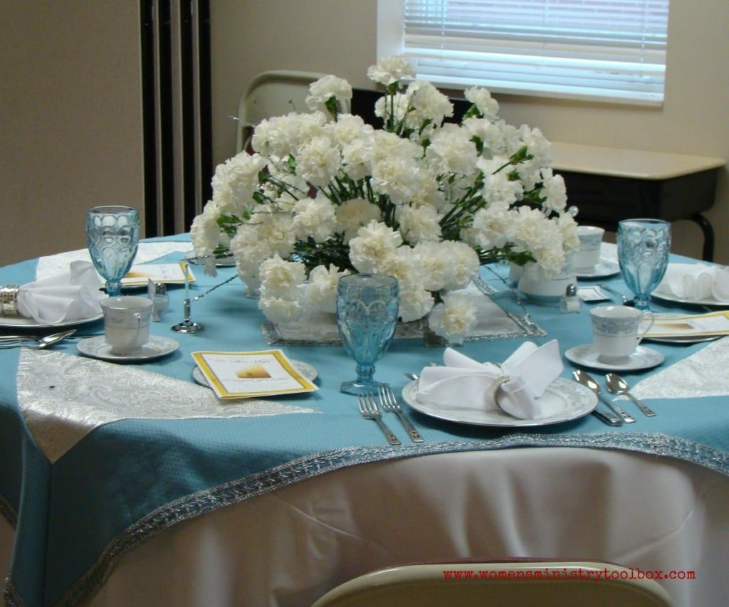 white carnations table