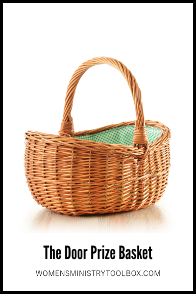 The Door Prize Basket is a great way to giveaway door prizes that every recipient will love!